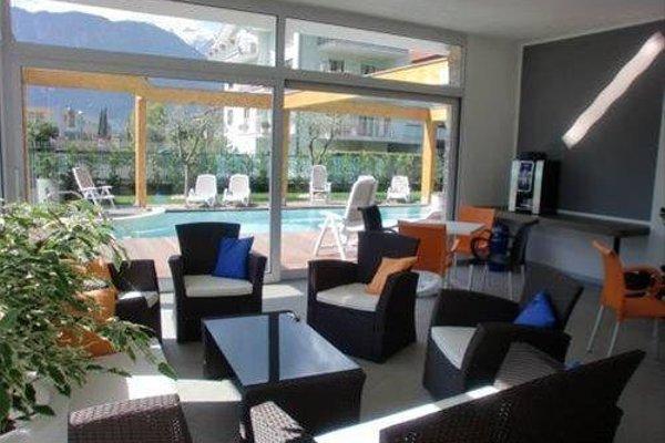 Residence Rivachiara (check-in at Hotel Riviera in Viale Rovereto, 95) - фото 5