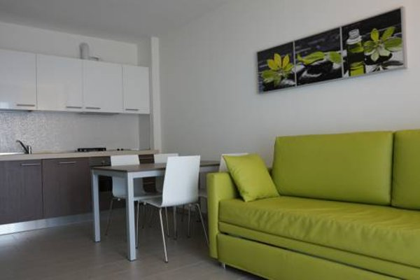 Residence Rivachiara (check-in at Hotel Riviera in Viale Rovereto, 95) - фото 6