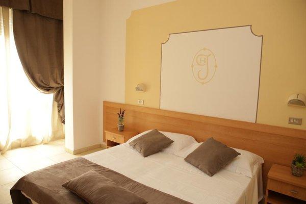 Hotel Jolie - фото 4