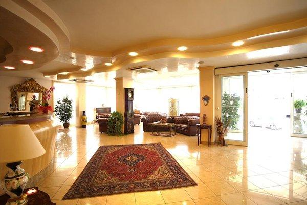 Hotel Gaston - фото 15
