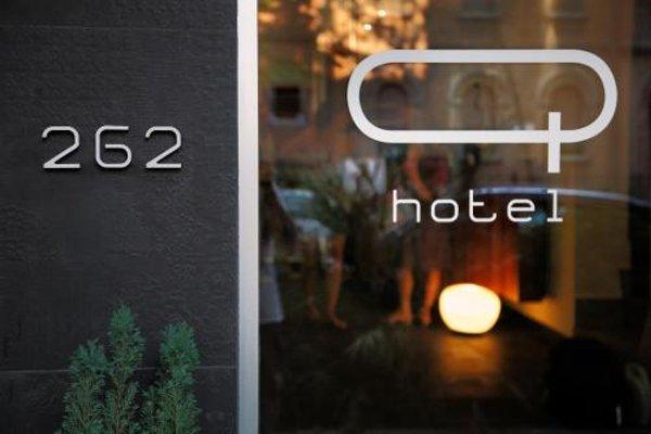 Q Hotel - фото 15