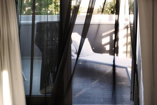 Q Hotel - фото 18