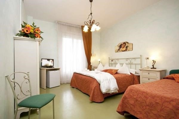 Hotel Spiaggia Marconi - 4