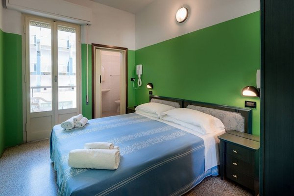 Hotel Berna - 4