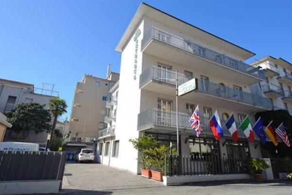 Hotel Petrarca - фото 8