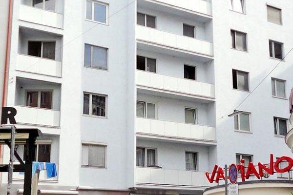 Apartment Opera - 21