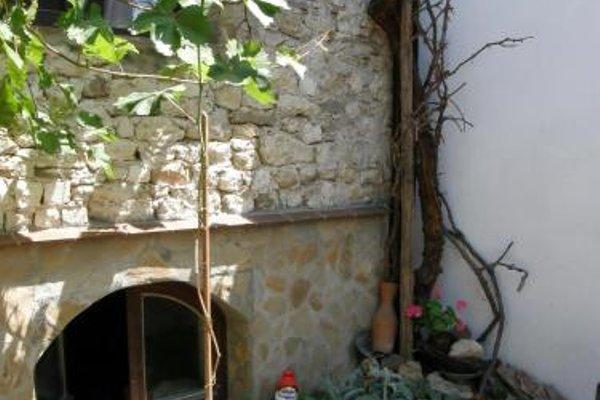 Emona Guest House - фото 12