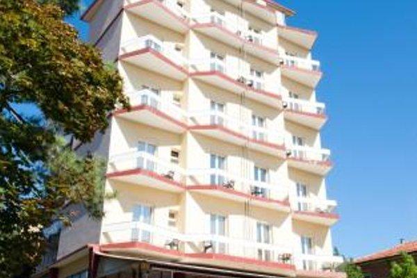 Hotel Royal - 23