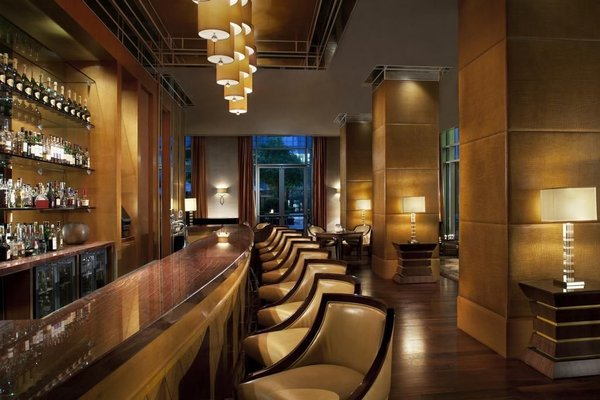 The Ritz-Carlton Executive Residences - 12
