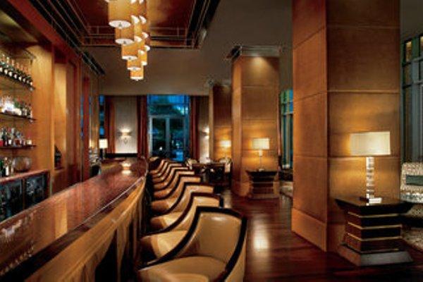 The Ritz-Carlton Executive Residences - 13