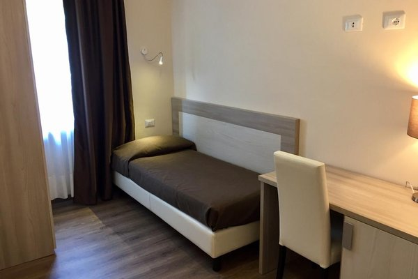 Hotel Mercedes - фото 3