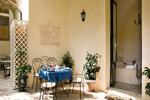 Palazzo Bernardini - фото 9