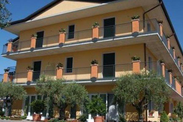 Hotel Confine - фото 23