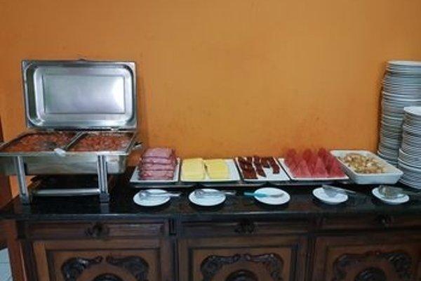 Hotel & Hostel Villa Santana - фото 3