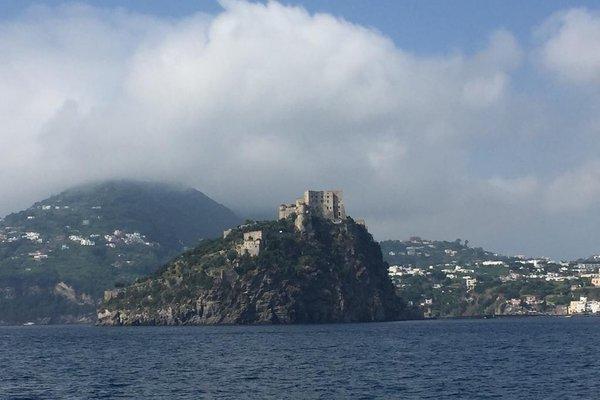 Santa Lucia (остров Искья) - фото 20