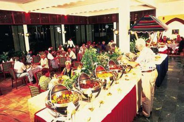 Al Bustan Hotel - фото 10