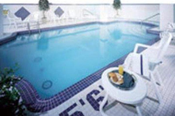 Al Bustan Hotel - фото 19