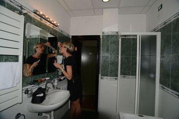 MSN Hotel Galles - 16
