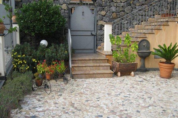 B&B Villa Liliya - фото 16