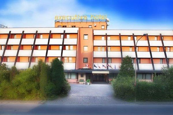 Hotel Executive - фото 23