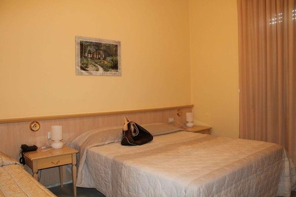 Hotel Cremona Viale - 9
