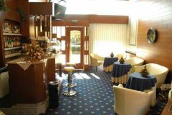 Hotel Lincoln - 10