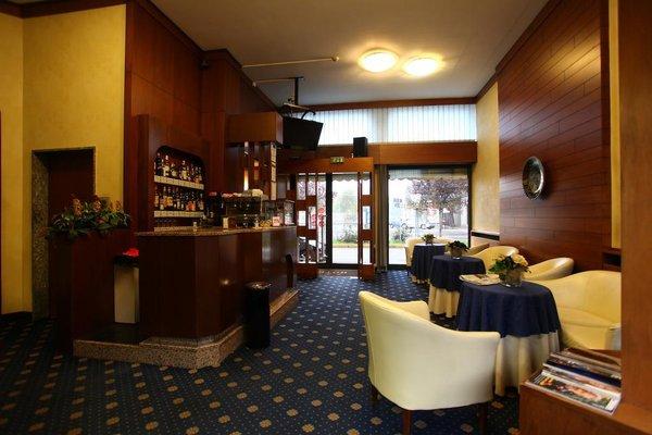Hotel Lincoln - 20