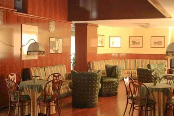 Hotel Villa Ghirlanda - 8