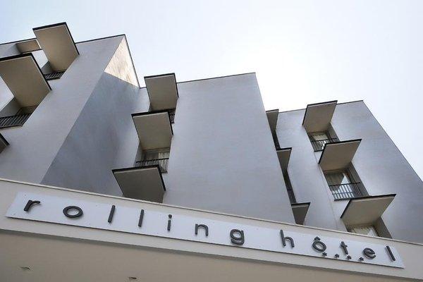 Rolling Hotel - 19