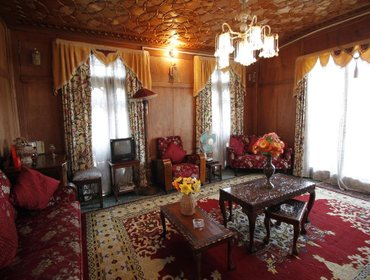 Guesthouse Persian Palace Group Of Houseboats
