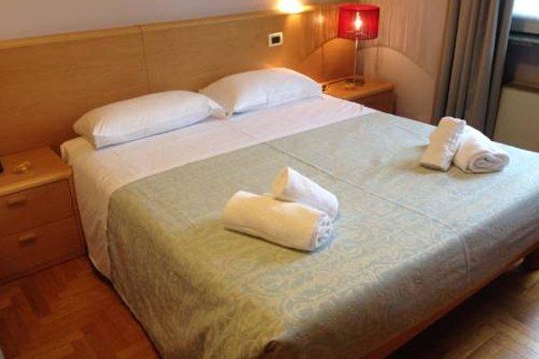 Hotel La Ferte - фото 5