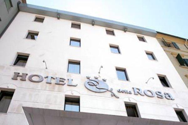 Hotel Della Rosa - 8