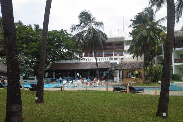 Bamburi Beach Hotel - фото 21