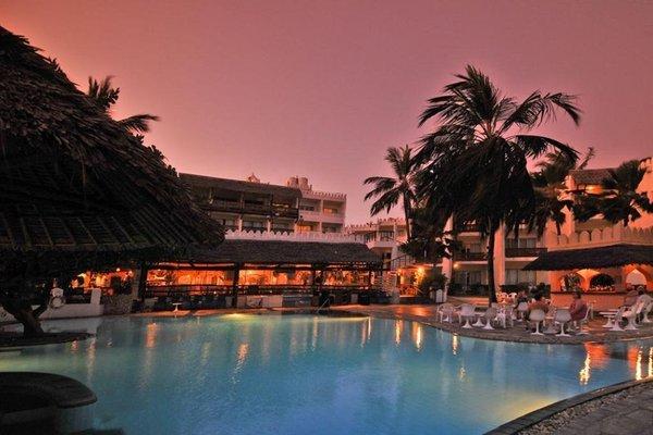 Bamburi Beach Hotel - фото 23