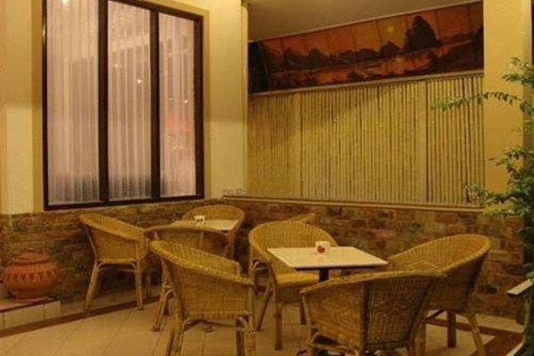 Avalon Hotel - фото 12