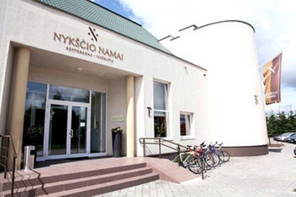 Nykscio Namai - 23