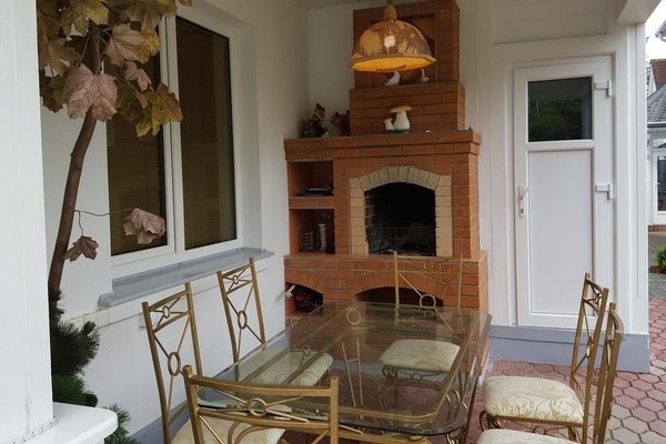 Naiza Guesthouse and Apartments - фото 13