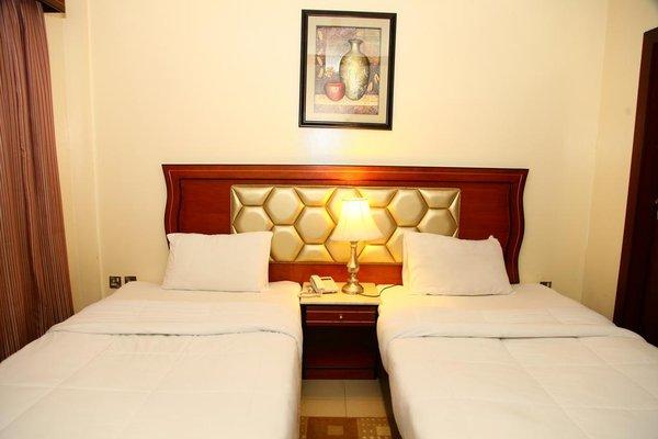 Saffron Hotel - фото 4