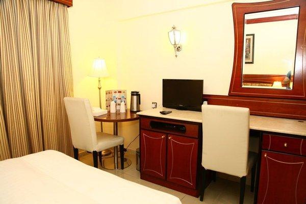 Saffron Hotel - фото 5