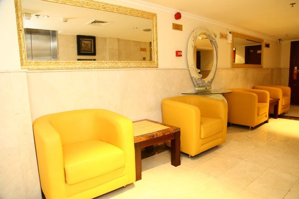 Saffron Hotel - фото 9