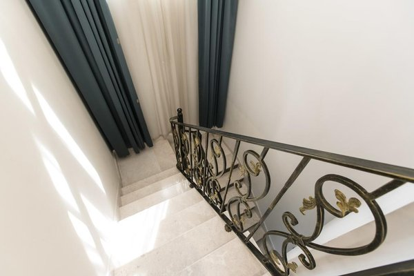 Marmara Hotel Apartments - фото 14