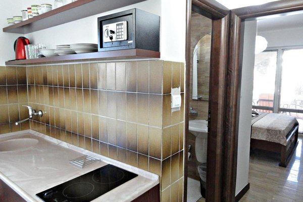 Guesthouse Adrovic - 12