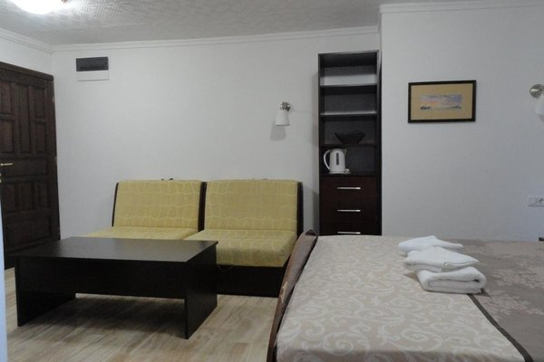 Guesthouse Adrovic - 7