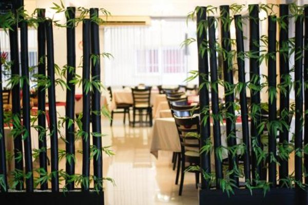 Choco's Hotel - фото 12