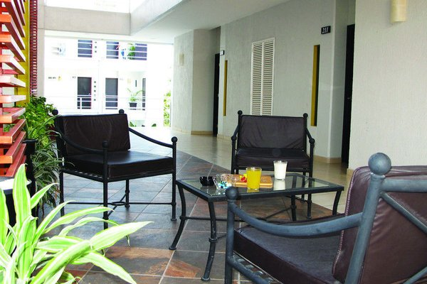 RS Suites Hotel - 4
