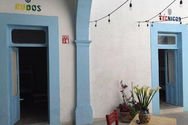 Santa Lucha Hostel - фото 17
