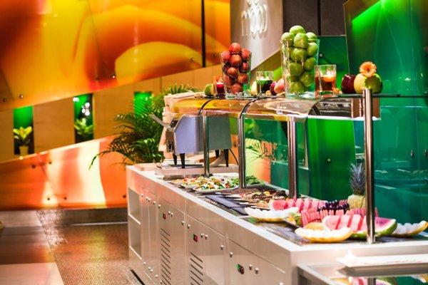 Al Khoory Executive Hotel, Al Wasl - фото 11