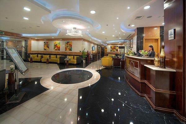 Al Khoory Executive Hotel, Al Wasl - фото 15