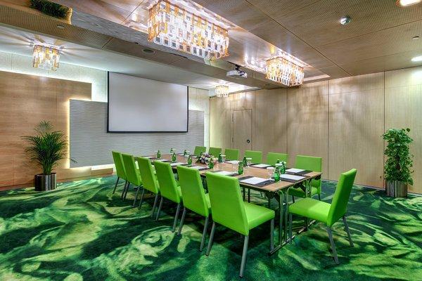 Al Khoory Executive Hotel, Al Wasl - фото 17