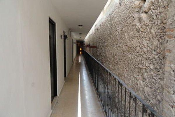 Hotel Las Dalias Inn - 13
